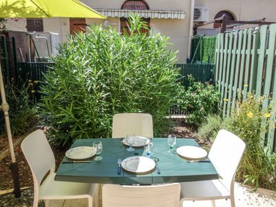 Photo for Vacation home Le Hameau du Port in Saint Cyprien - 4 persons, 1 bedrooms