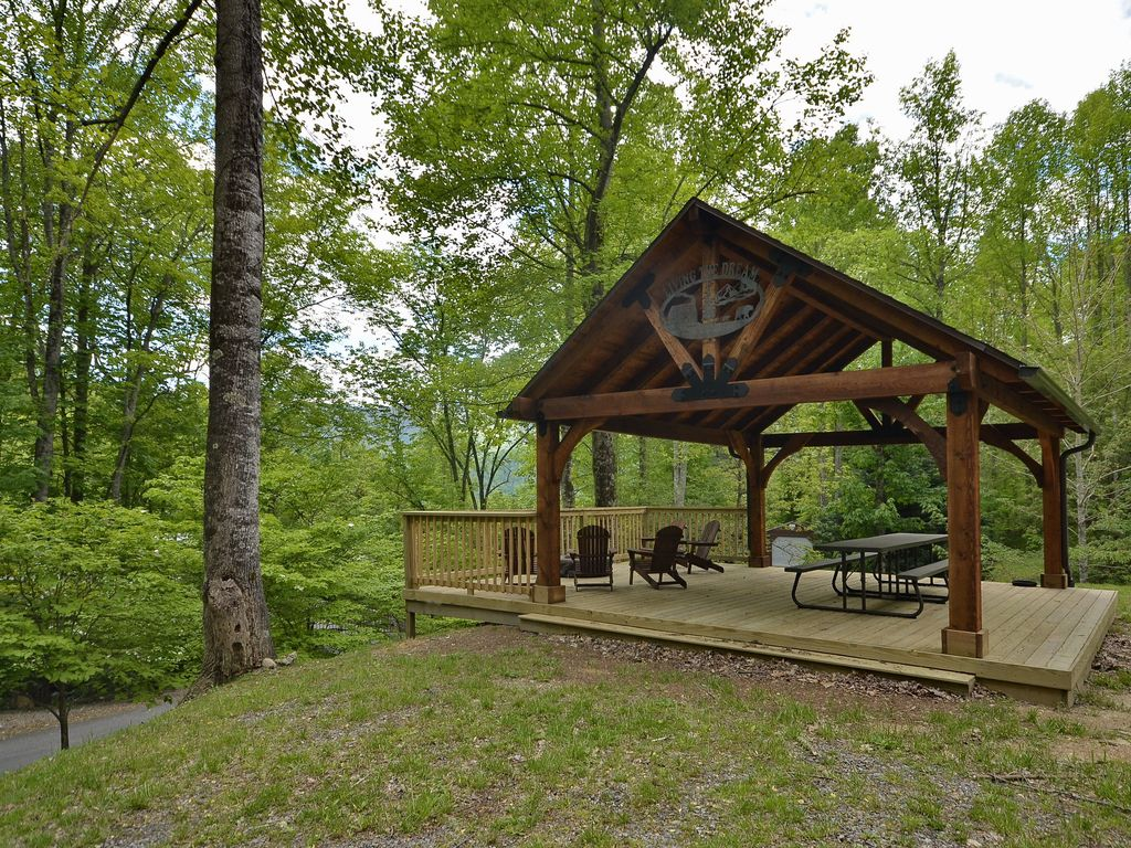creek valley cabins rushing nc pin wood cabin in vacation log rental maggie rentals