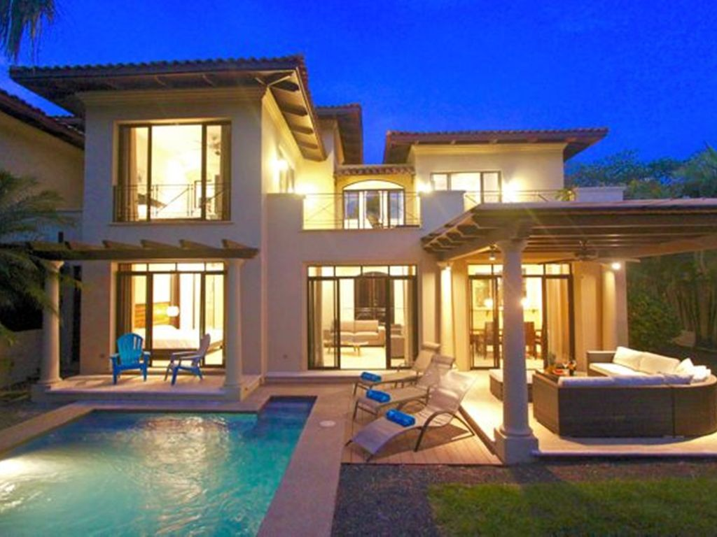 Villa langosta del mar private amazing 4 bedroom villa at the beach