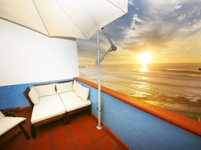 Photo for Apartment with roof terrace and barbecue in the center of Ericeira and directly on the sea