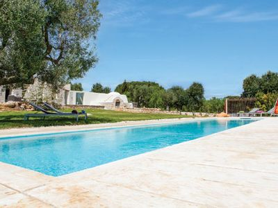 Photo for Rural 2 bedroom villa with Wi-Fi, pool & A/C close to Ostuni