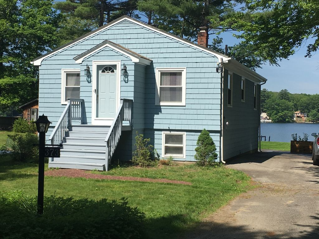 claire s cottage lake front home family friendly direct water