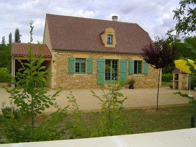 Photo for 5km from Sarlat, Perigordian house on enclosed park