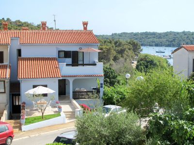 Photo for Apartment Hula in Pula - 2 persons, 1 bedrooms