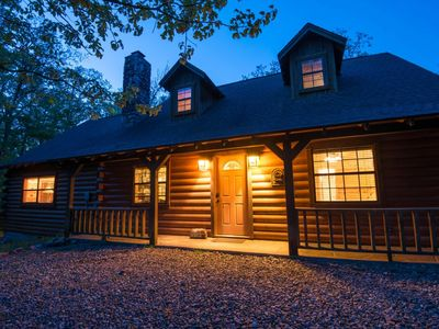 Photo for Antlers Lodge (3 Bdrm) (High Lux)(HOT TUB)