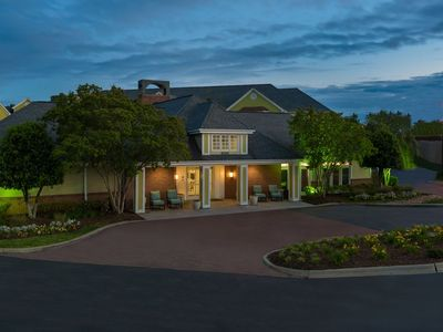 Photo for 1 Bedroom King 573 Sqft Exterior Entry