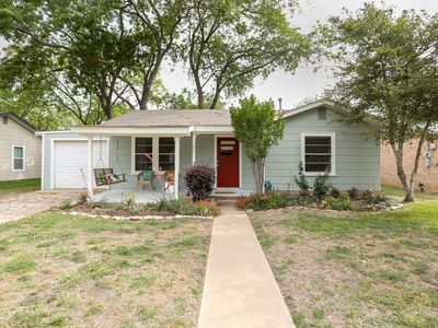 Photo for Casa Fred | Pet-friendly | Great Backyard