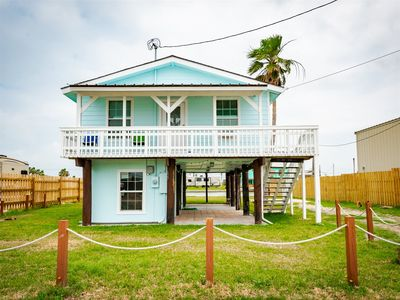 Photo for Newly Remodeled canal home with Copano Bay views!