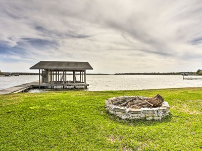 Photo for Eustace Home on Cedar Creek Lake w/Dock & Fire Pit