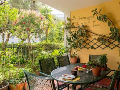 Photo for CLASSICO APT. WITH GARDEN NEXT TO BELÉM HISTORIC ZONE AND RIVER TEJO