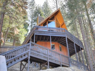 Photo for Nestled high in the treetops over looking Yosemite National Park!  This house has it all with inc...