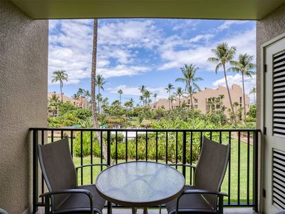 Photo for Free-and-Easy Suite w/Tile Floors, Lanai, A.C, W/D, Full Kitchen, Murphy bed, WiFi–Kamaole Sands 520