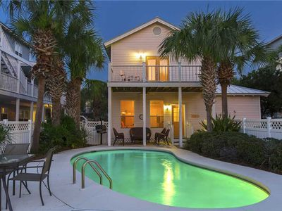 Photo for Flamingo Breeze - Destin! Crystal Beach! Private Pool! Close to Shops & Dining!