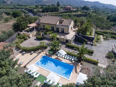Photo for Villa San Gerardo - Historic villa with private swimming pool overlooking Mount Etna and sea view