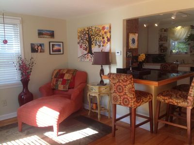 Photo for 3 bd House, Great energy! 10 Mins from downtown Portland, 4 miles to the Beach!