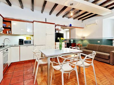 Photo for Amazing apartment with 2 bedrooms just steps from Pazza Navona