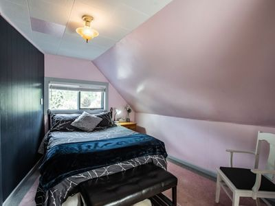 Photo for Powder Highway Guest House: Downtown Heritage Home