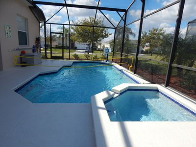 Resurfaced heated pool with spa, basketball game & volleyball