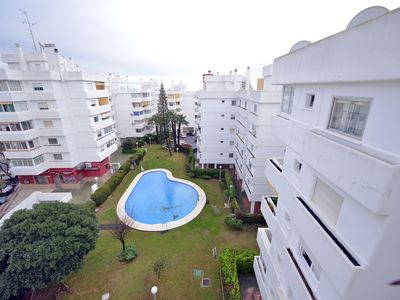 Photo for Nice apartment with pool, A/C, TV, balcony and washing machine