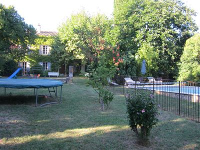 Photo for Provencal farmhouse 18 th, charming house ideal for family or friends