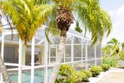 LUXURY WATERFRONT! WARM PRIVATE POOL! MIN TO BEACHES! WIFI! GRILL! BABY SUPPLIES