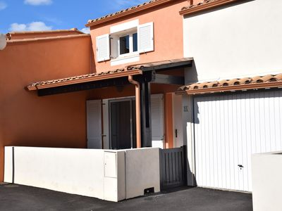 Photo for Villa with pool, quiet 300m from the beautiful beach of Rochelongue, 2 terraces