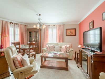 "Photo for Comfortable Apartment ""Calle Purgatorio Centro"" in Historic Centre with Balconies, Air Conditioning & Wi-Fi"