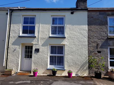 Photo for Near Fowey, beach, & Eden in friendly village, quiet location, private parking