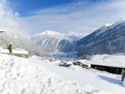 Photo for Apartment Rosa Apartmenthaus (MHO136) in Mayrhofen - 2 persons, 1 bedrooms