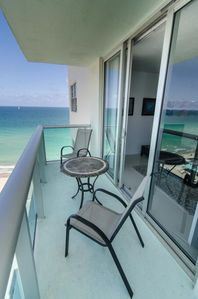 Photo for 2/2 Spectacular Direct Ocean Views - Tides