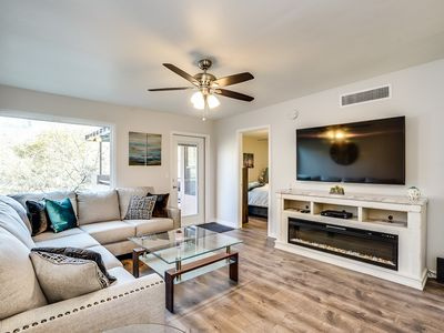 Photo for Modern Luxury Foothills Condo with Gorgeous Mountain Views.