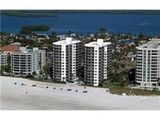 OCEAN Front Condo with great views,  Fully Updated,  Huge Beach