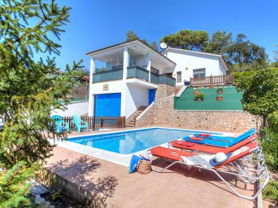 Photo for This 3-bedroom villa for up to 6 guests is located in Lloret De Mar and has a private swimming pool