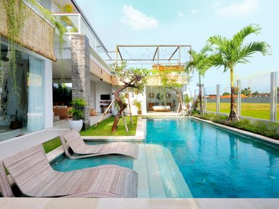 Photo for 7 BDR complex double pool with rice field view in the heart of Seminyak