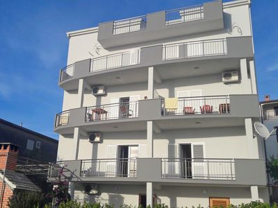 Photo for Apartments Jure, (11572), Podstrana, Split riviera, Croatia