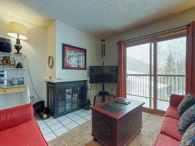 Photo for NEW LISTING! Cozy condo near slopes w/shared sauna & hot tub, views of ski area