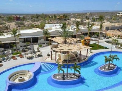 Photo for Baja California Sur Studio Suite.Kid Friendly, Pool, Pool Bar, Gym, Wifi