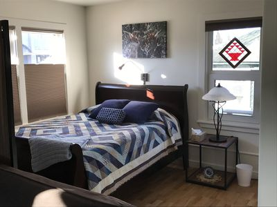 Modern Studio in Heart of Downtown Fairbanks - beautifully renovated & clean