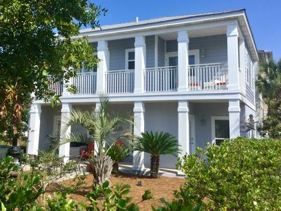 Photo for LOVELY HOME ONLY 1 BLK TO LAGOON POOL*GREAT OUTDOOR SPACE*BIKES*AMPLE PARKING