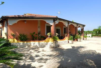 External view of the VILLA FL-FR6