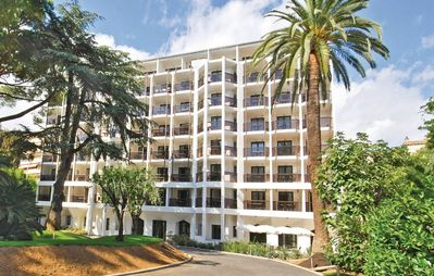 Photo for Apartment in the center of Cannes with Internet, Terrace (197477)