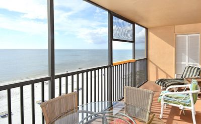 Photo for Villa Madeira 505 Beach/Pool/Gorgeous view/Updated -walk to Johns Pass!