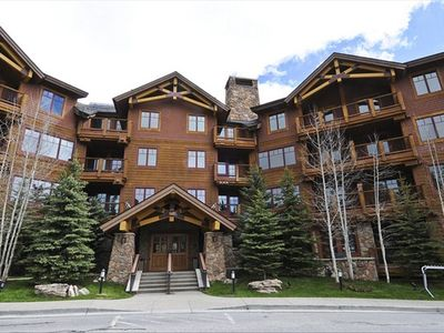 Photo for Beautiful 2BR Condo with Great Amenities.  Ski In / Gondola Out