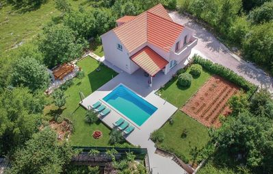 Photo for ctdg202 - Holiday house with a private pool in Dugopolje - Split, up to 7+1 persons, wifi, AC, children's playground