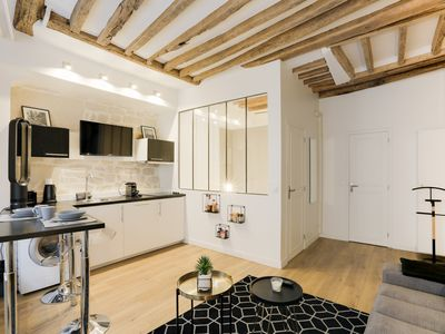 Photo for BEAUTIFUL LOFT - 2 STEPS FROM PANTHÉON
