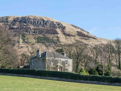 Photo for 5* home just north of Edinburgh, stunning Loch view, family and pet friendly