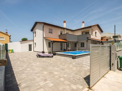 Photo for Holiday apartment Fažana for 1 - 6 persons - Holiday apartment