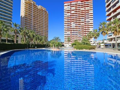 Photo for Apartment with swimming pool, wifi, parking and sea views