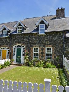 Photo for Spacious, stylish Copperpot Cottage, Portrush - near Giant's Causeway