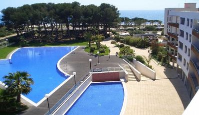 Photo for SOL CAMBRILS - SPLENDID FRONTLINE RESORT, A/A, WIFI, POOLS, SPA, PADDEL, BASKET,